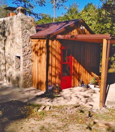 McIntosh Cabin