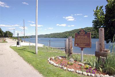Kinfolk Landing - Ohio River & Historical Marker